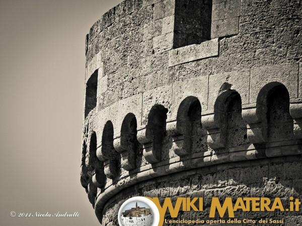 Il Castello Tramontano e la storia del conte Giancarlo Tramontano