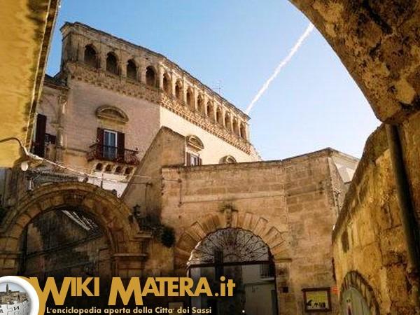 facciata_palazzo_ferrau_matera