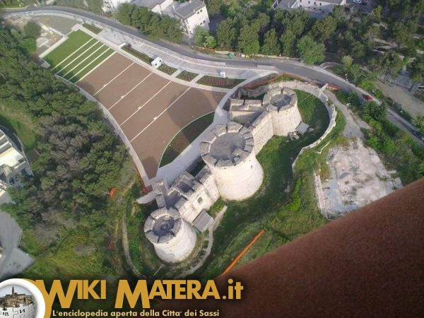 ripresa_aerea_castello_tramontano_matera