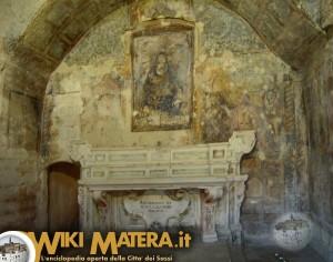 altare_principale_chiesa_rupestre_santa_maria_di_idris_matera_2