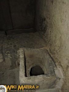 fondaco di mezzo ipogei piazza vittorio veneto WikiMatera Matera 00022
